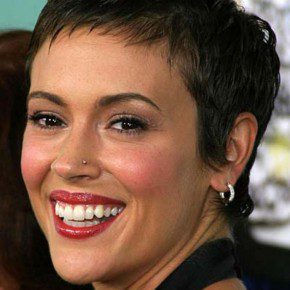 Black Hairstyles for Short Hair Growing Out1