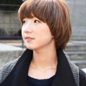 Cute Short Bob Hairstyle For Girls