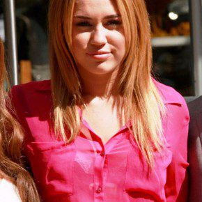 Miley Cyrus Simple Hairstyles