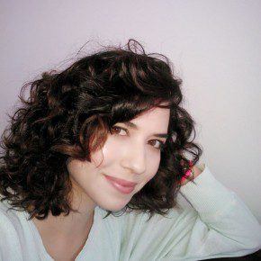 Natural Hairstyles For Round Face