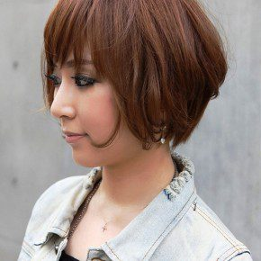 Side View Of Trendy Short Haircut For Women