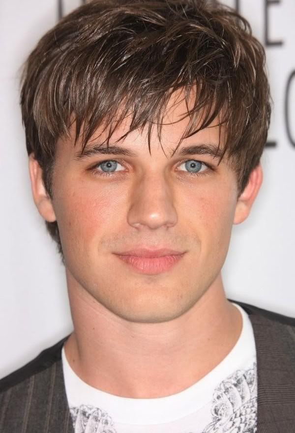 Trendy-hairstyles-for-men-6