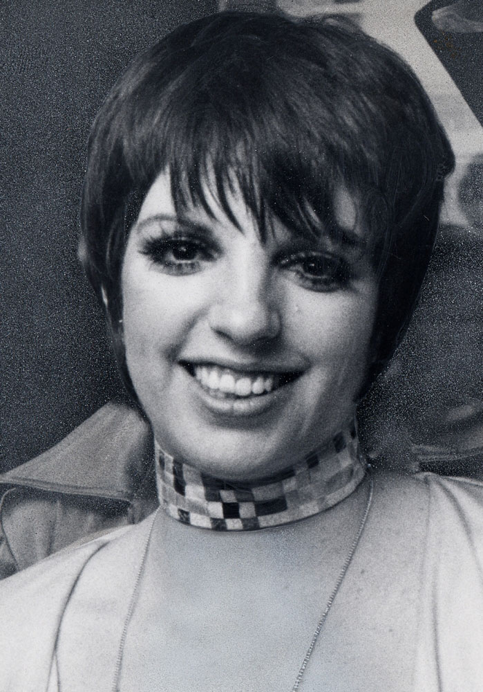 Pictures Of Short 70 S Hairstyles Women