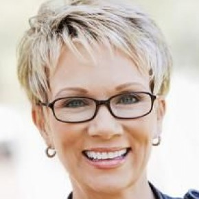 Short Hairstyles 50 And Over