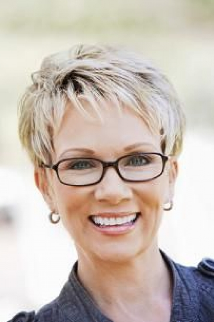 Pictures of Short Hairstyles 50 And Over