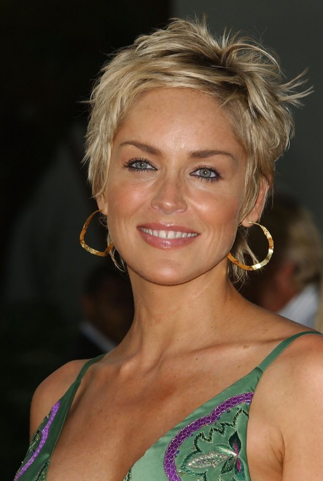 Short Hairstyles For 45 Year Old Woman