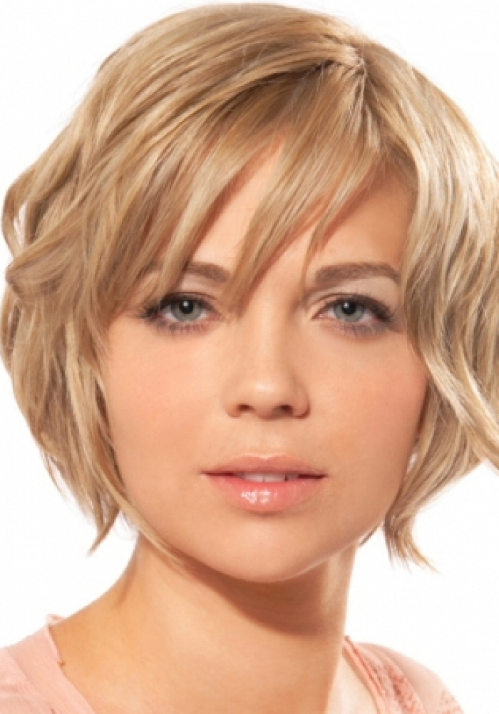 Short Hair Styles For A Round Face Pictures Of Short Hairstyles For Round Faces