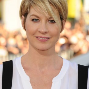 Short Hairstyles Women 2013