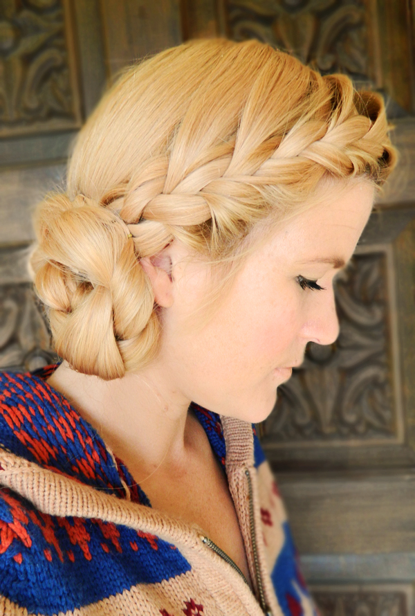 Updo Hairstyles And How To Do It