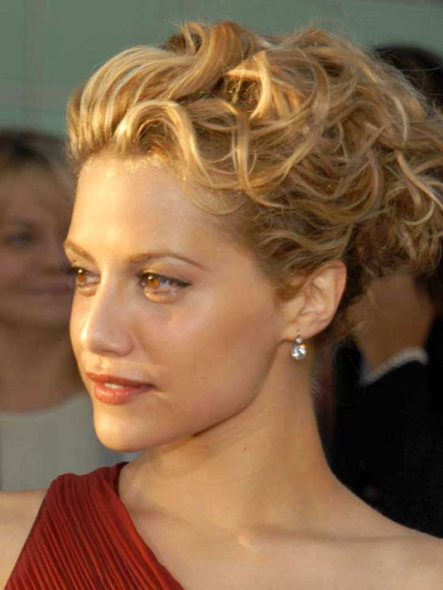 Updo Hairstyles With Short Hair Behairstyles