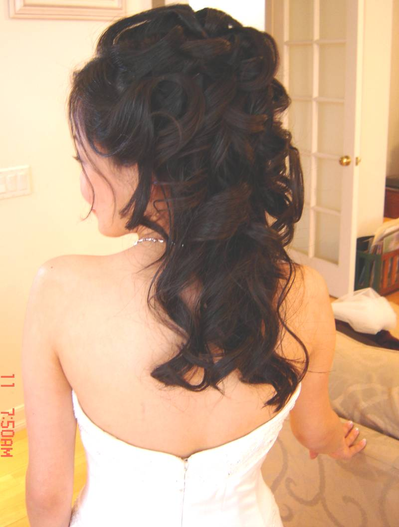 Pictures of Wedding Hairstyles Half Up Half Down Curly