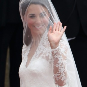 Wedding Hairstyles Veil And Tiara