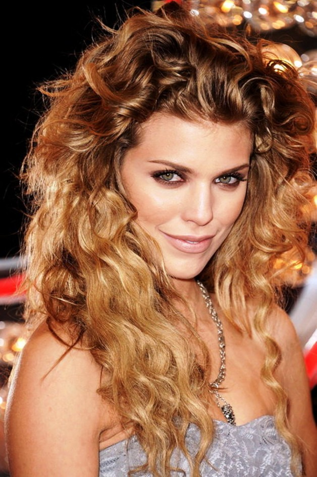 2013 Long Curly Hairstyles Celebrety