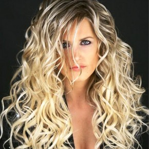 Amazing Long Curly Blonde Hairstyles