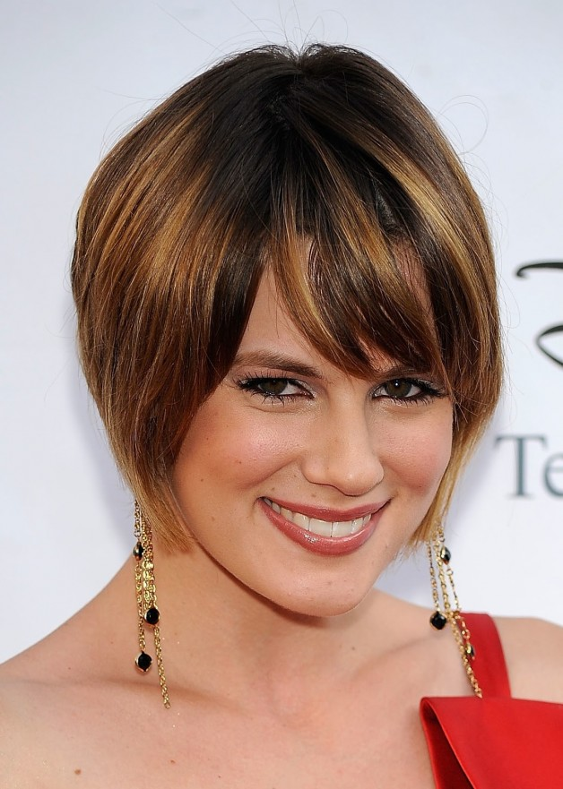 Angled Bob Hairstyles Curly Hair | Behairstyles.com