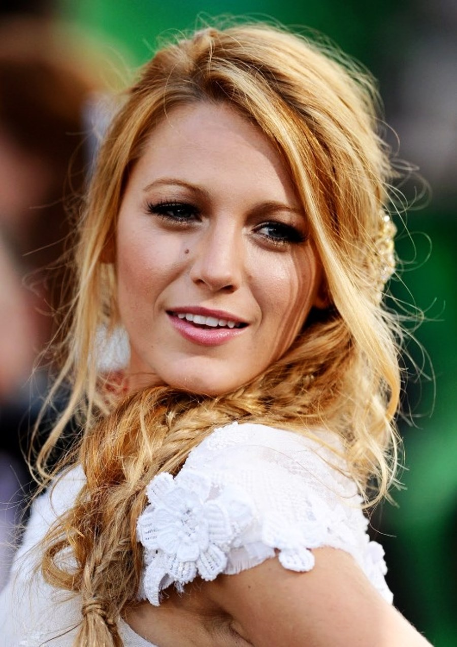 Marvelous Pictures Of Blake Lively Messy Braided Hairstyle Short Hairstyles Gunalazisus