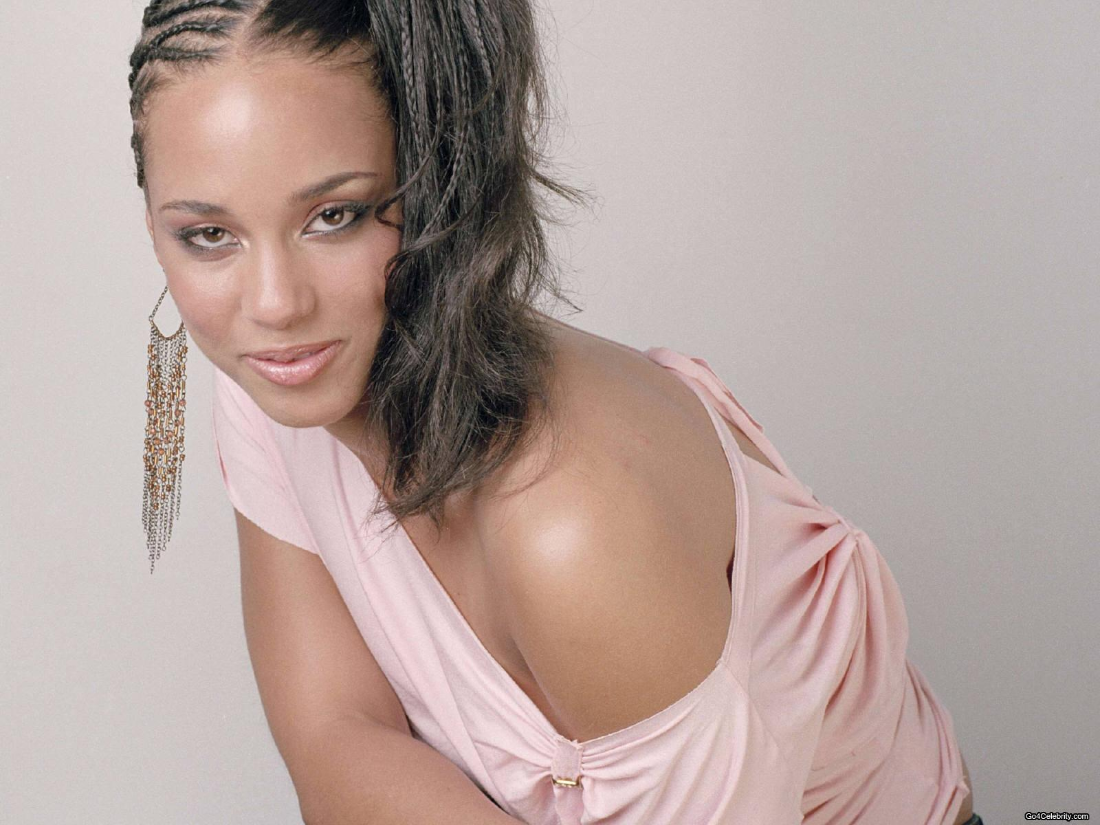 Phenomenal Pictures Of Braided Hairstyles Alicia Keys Hairstyles For Women Draintrainus