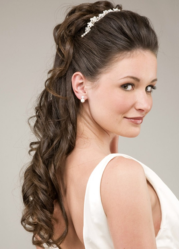 Pictures of braided hairstyles for long hair wedding braided hairstyles for long hair wedding urmus Image collections