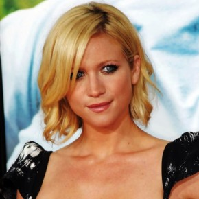 Brittany Snow Short Bob Haircut
