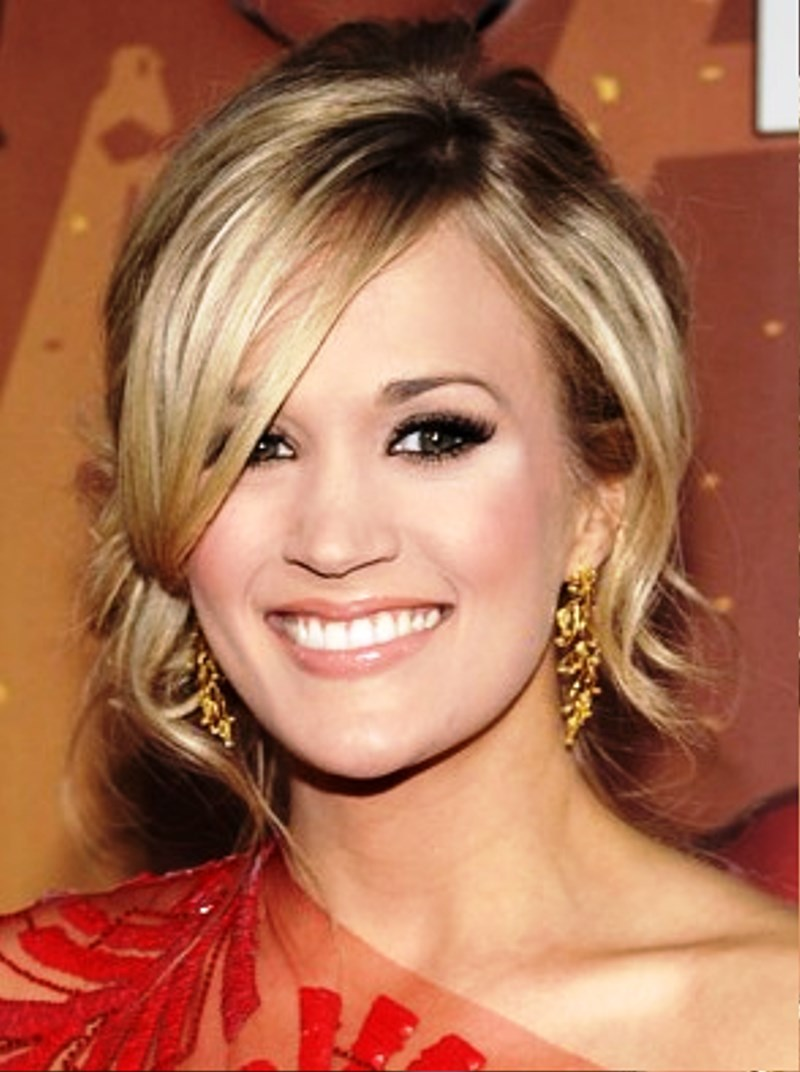 Pictures of Carrie Underwood Updo