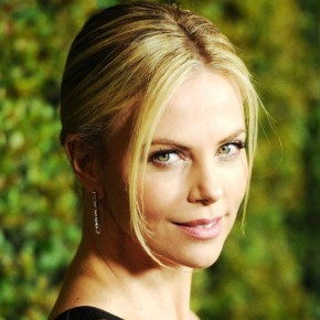 Charlize Theron Blonde Sleek Classic Bun Updo
