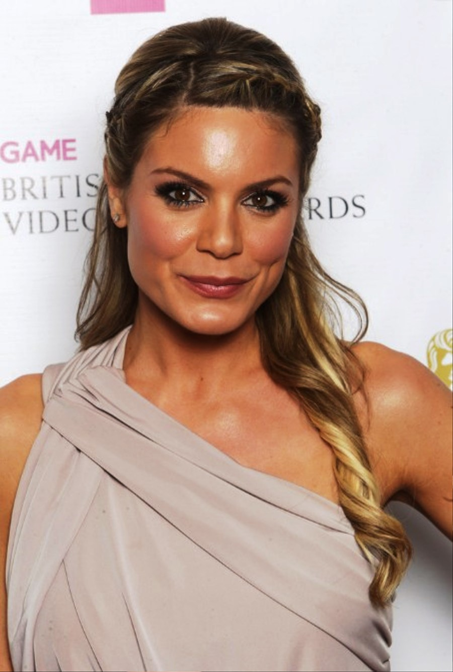 Outstanding Pictures Of Charlotte Jackson Braided Half Up Half Down Hairstyles Hairstyle Inspiration Daily Dogsangcom