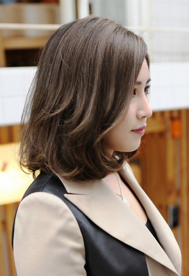 Chic Asian Hairstyle For Short Hair