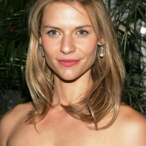 Claire Danes Medium Wavy Half Up Half Down Hairstyle