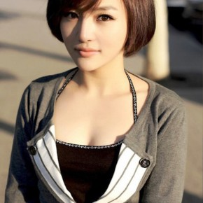 Classic Short Bob Haircut For Women 2014