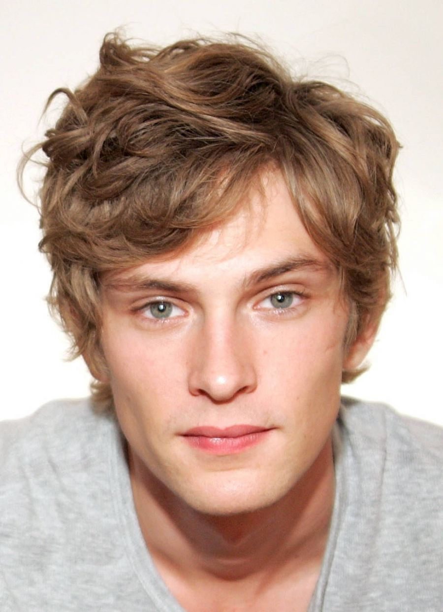 Pictures of Curly Hairstyles Men Medium Length