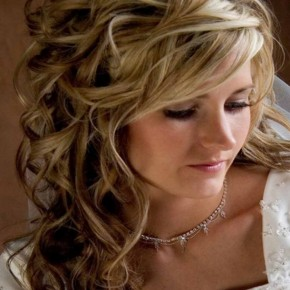Curly Hairstyles To Look Younger