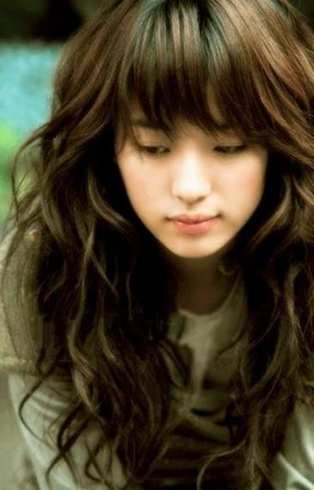 Terrific Curly Hairstyles With Bangs Behairstyles Com Hairstyles For Women Draintrainus