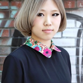 Cute Center Parted Asian Bob Hairstyle