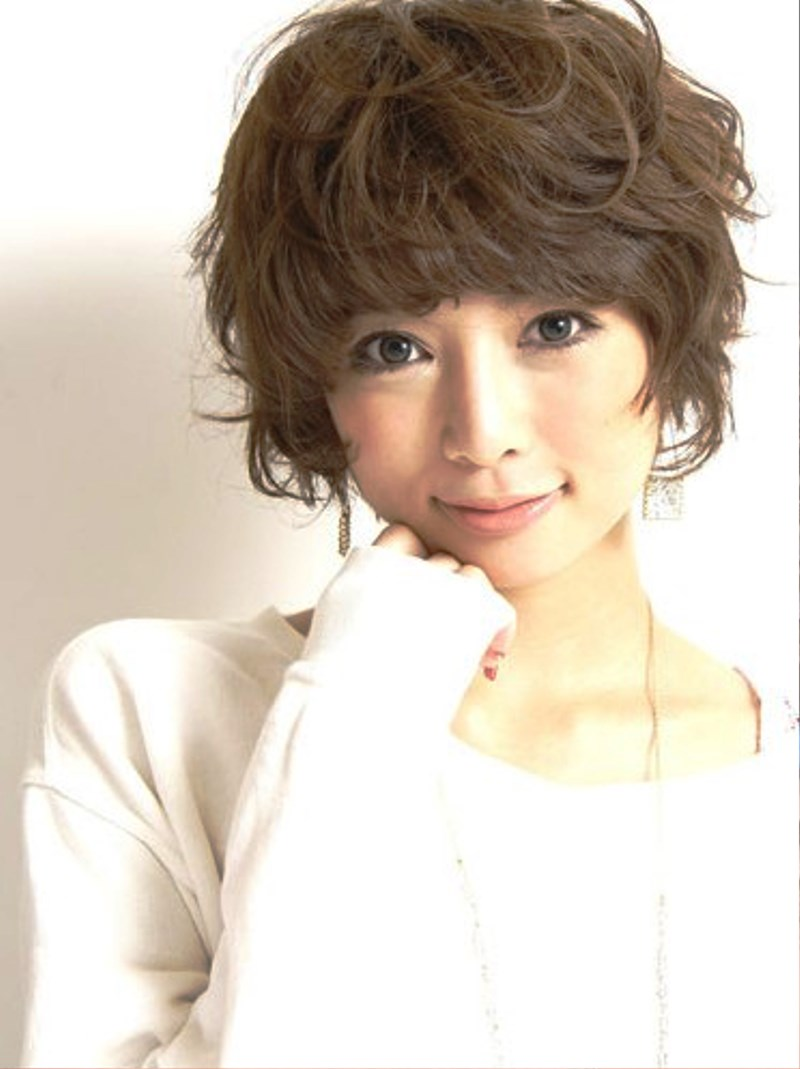 Pictures of Cute Curly Japanese Hairstyle