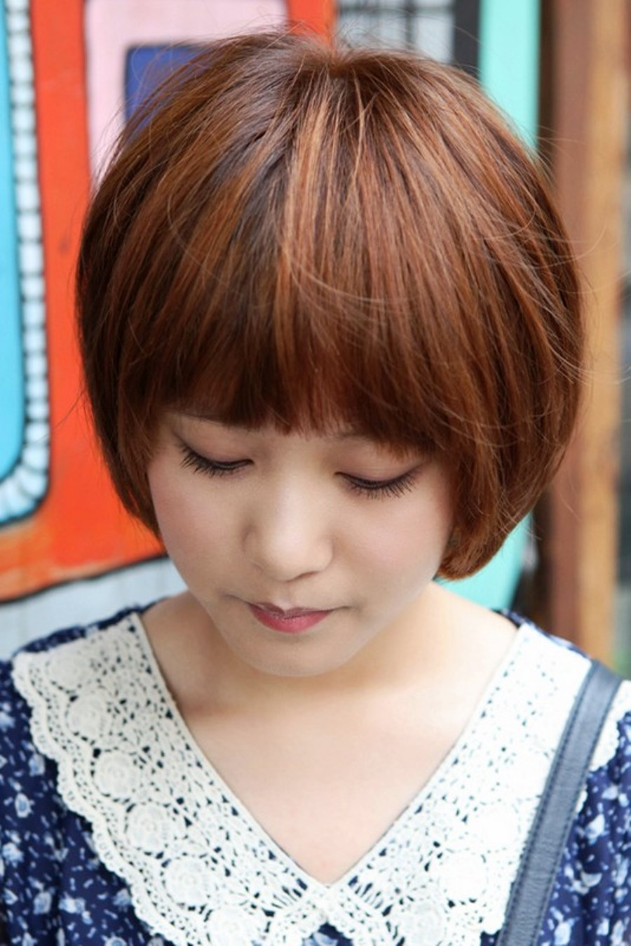 Pictures of Cute Korean Bob Hairstyle With Blunt Bangs