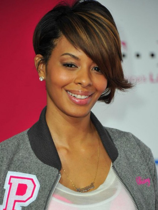 Cute Short Hairstyles for Black women with Side Bangs