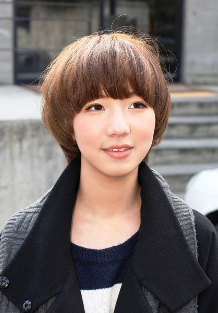 Pictures of Cute Short Japanese Bob Hairstyle For Girls