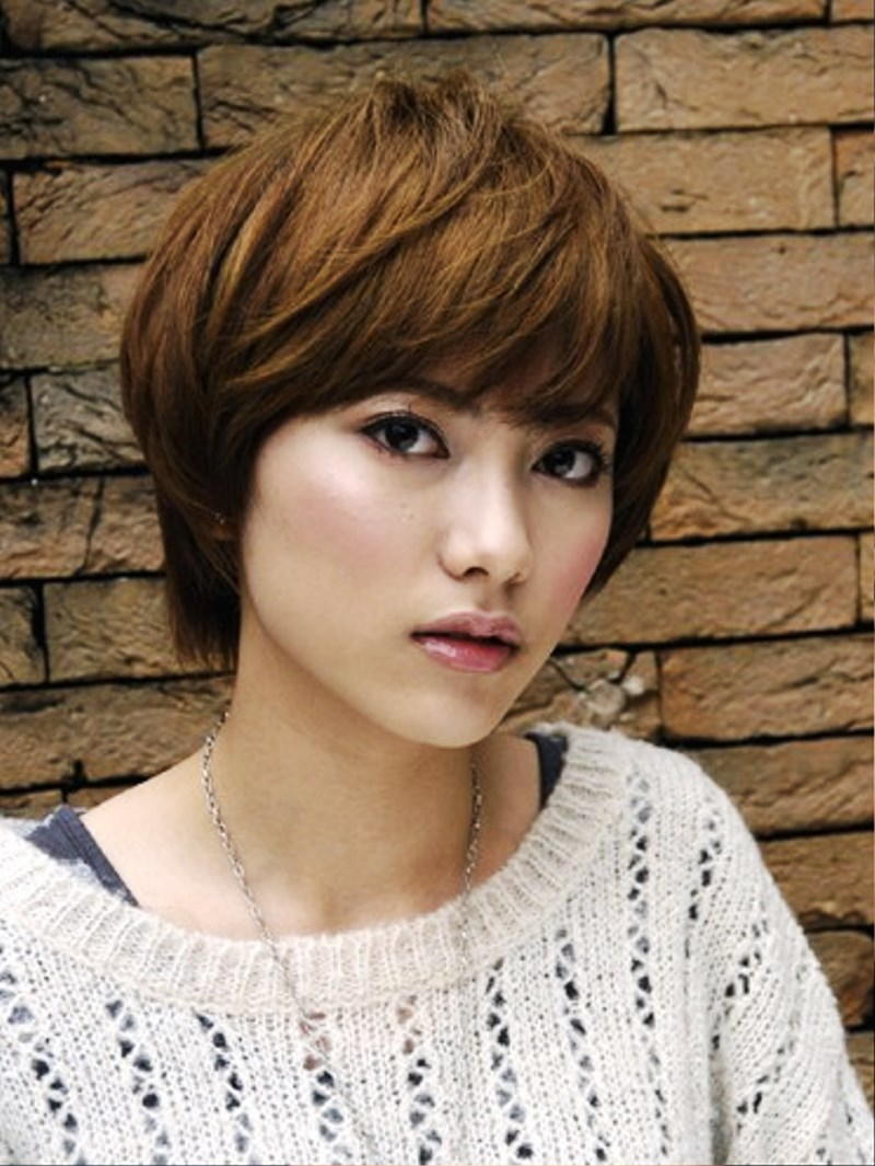 pictures of cute short japanese haircut for women