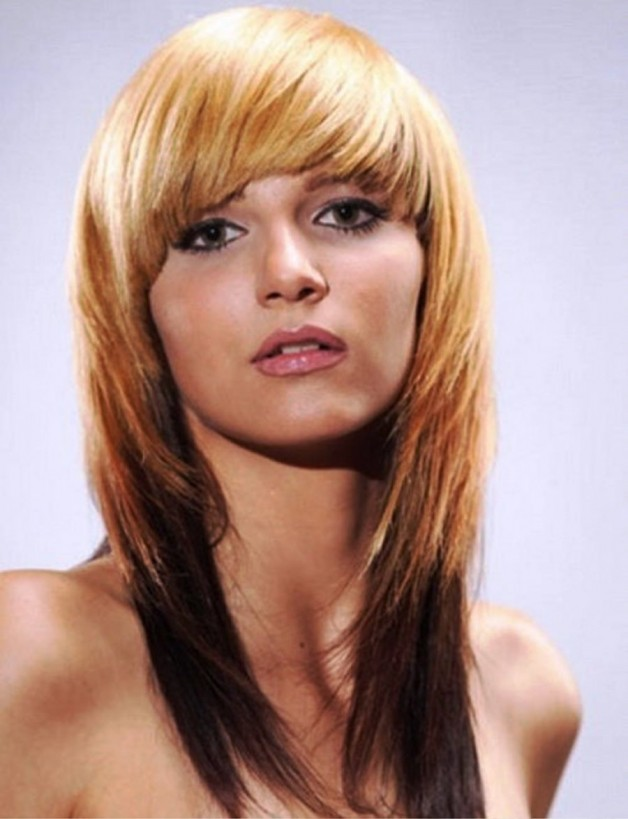 Cute Straight Hairstyle For Medium Hair