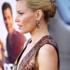 Elizabeth Banks French Twist
