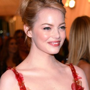 Emma Stone Bobby Pinned Updo Hairstyles