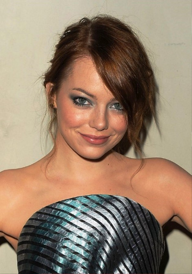 Emma Stone Messy Updo With Side Swept Bangs