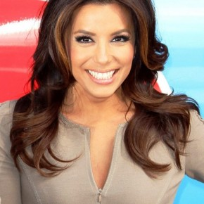 Eva Longoria Long Wavy Hairstyle