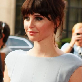 Felicity Jones Hairstyle With Long Blunt Bangs