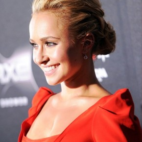 Hayden Panettiere Textured Loose Low Bun Updo