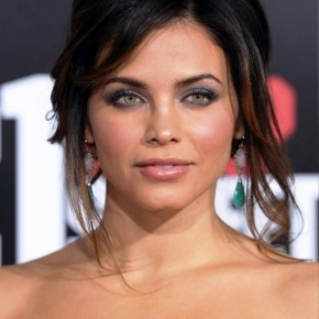 Jenna Dewan Tatum Loose Updo With Bangs And Loose Tendrils