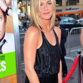 Jennifer Aniston Layered Haircut 2012