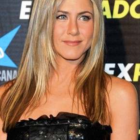 Jennifer Aniston Long Sleek Hairstyles
