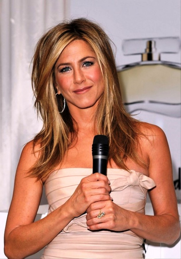 Jennifer Aniston Shoulder Length Hairstyles