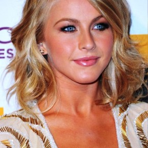 Julianne Hough Medium Wavy Hairstyle 2012